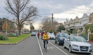 Neighbourly-Ride-Carlton-North_Canning-St_07Jul2019