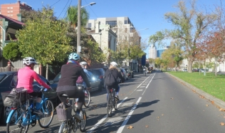 Neighbourly-Ride-Carlton-North_Canning-St_26May2019