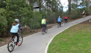 Neighbourly-Ride-Carlton-North_Merri-Creek-exit-ramp_Brunswick-Rd_09Jun2019
