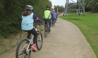 Neighbourly-Ride-Carlton-North_Merri-Creek_09Jun2019
