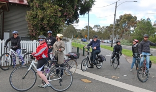 Neighbourly-Ride-Carlton-North_Royal-Park-station_22Sep2019