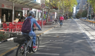 Neighbourly-Ride-Carlton-North_Swanston-Street_26May2019