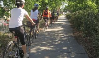 Neighbourly-Ride_Carlton-North_St-Georges-bike-path_24Mar2019.