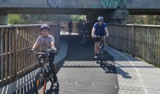 Neighbourly-ride_Carlton-North_Merri-Creek-underpass_22Apr2018