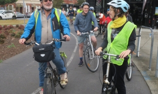 Neighbourly-ride_Carlton-North_Velo-Cycles_start_19May2019